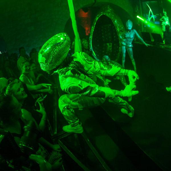 Aliens Show