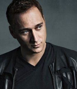paulvandykprofile-clubrevelin