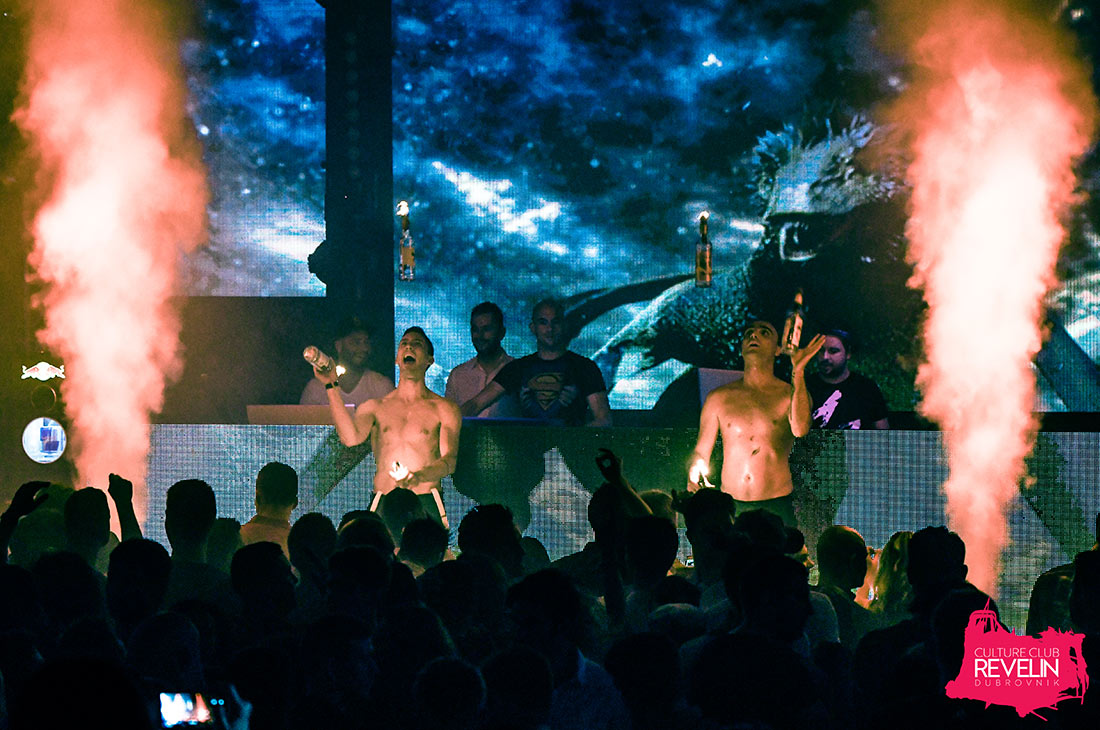 Show on stage at Revelin nightclub