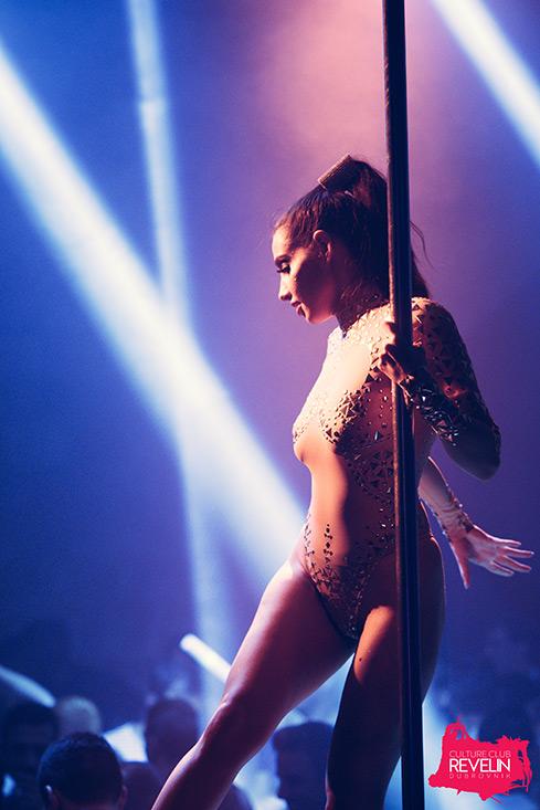 Nightclub Revelin dancer
