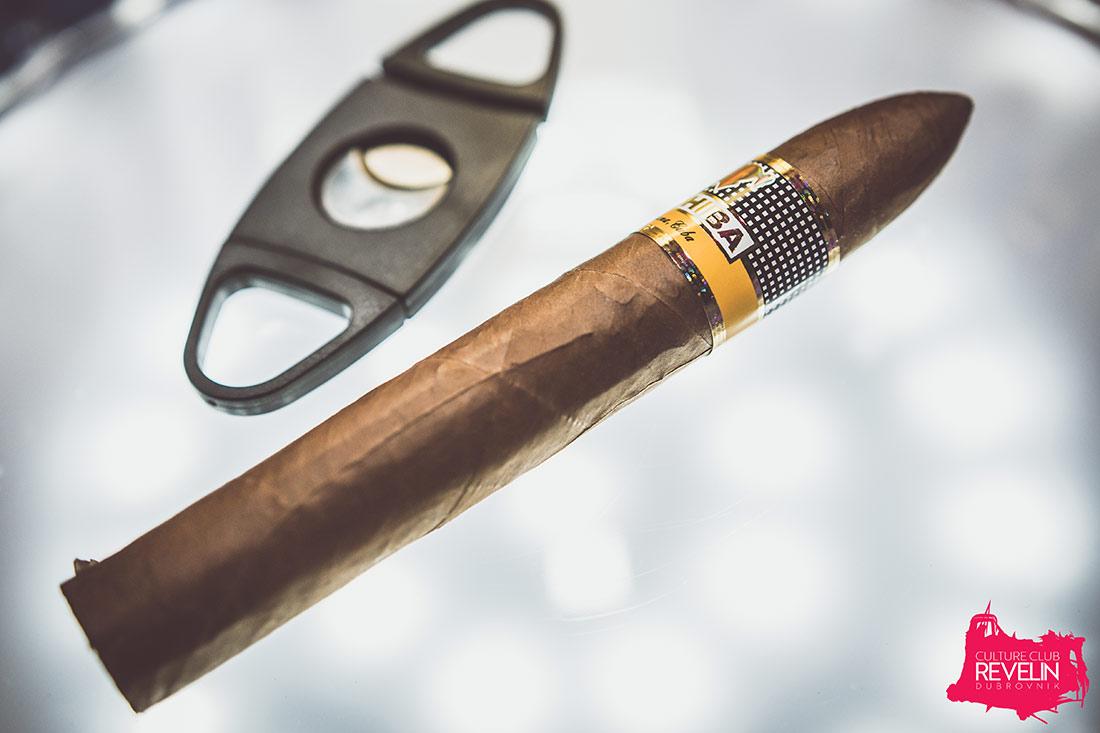 Have a Cigar, Revelin nightclub