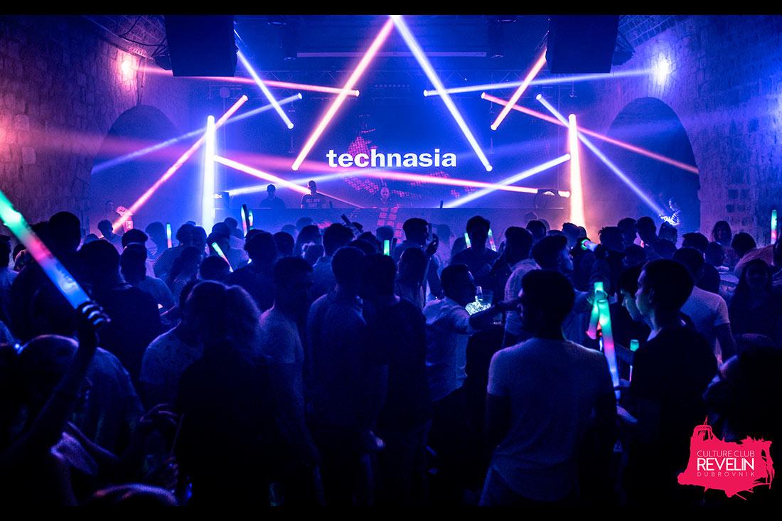 Technasia at DU EL FEST