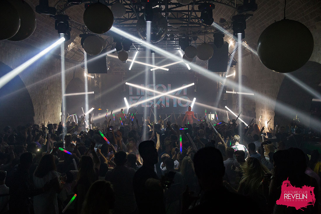 lightshow at Nicola Fasano, nightclub Revelin, July 13th 2018