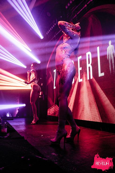 Show time, Zonderling, June 29th, Revelin nightclub