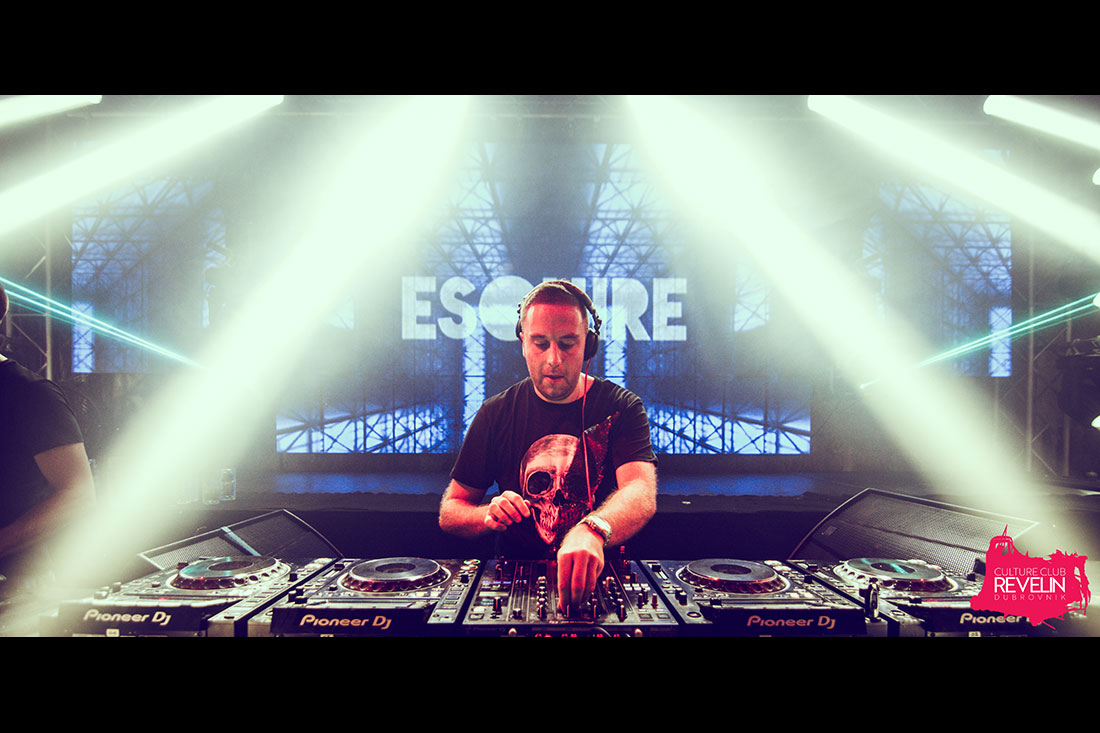 DJ Esquire on Revelin stage
