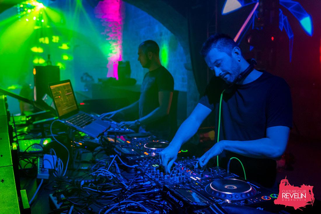DJ zaduzen za hitove trash glazbe, 03.03.2018, nocni klub Revelin