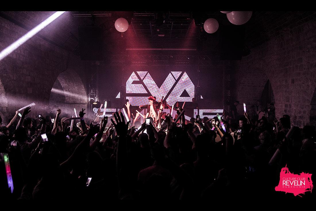 Eva Simons taking over Revelin nightclub