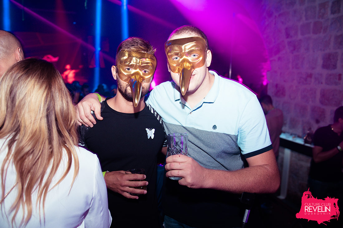 guests with Claptone masks