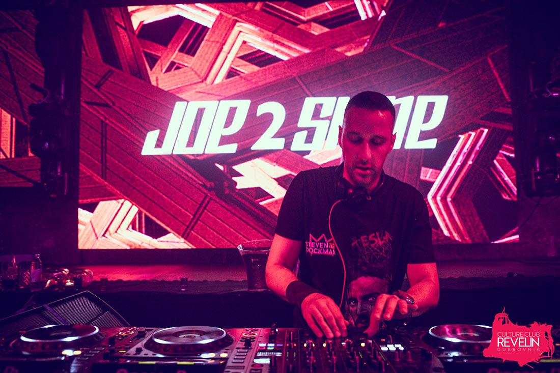 Joe 2 Shine, Revelin nightclub