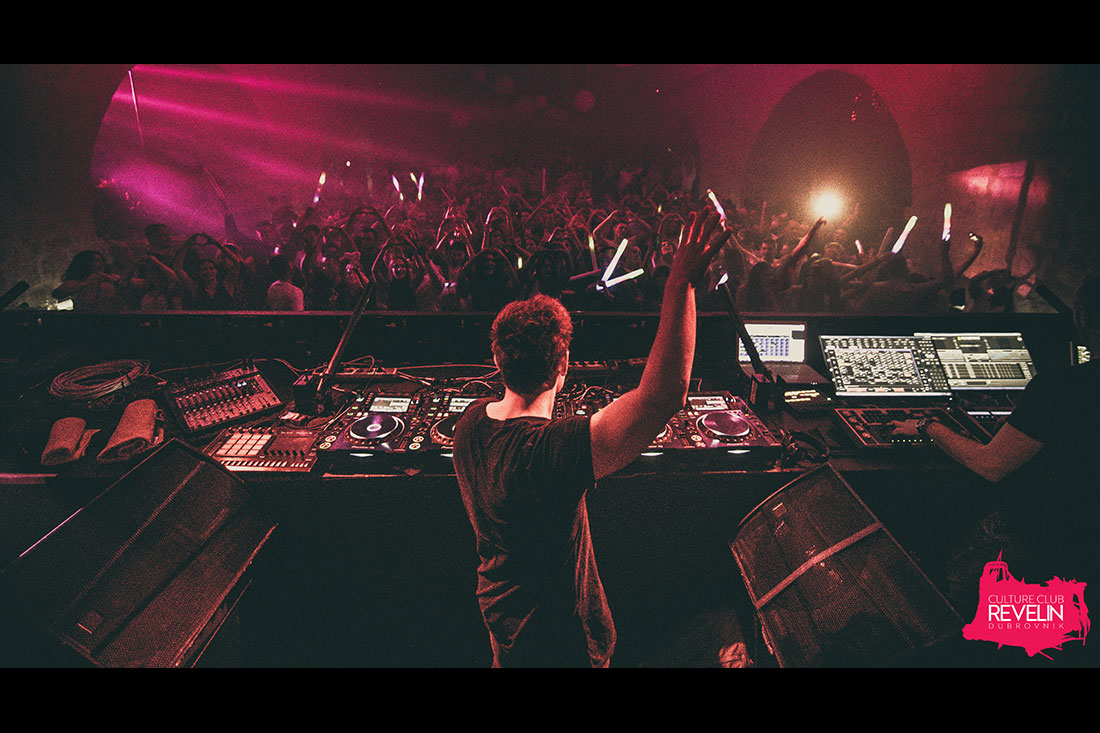 bringing the club to the boiling point, Fedde Le Grand
