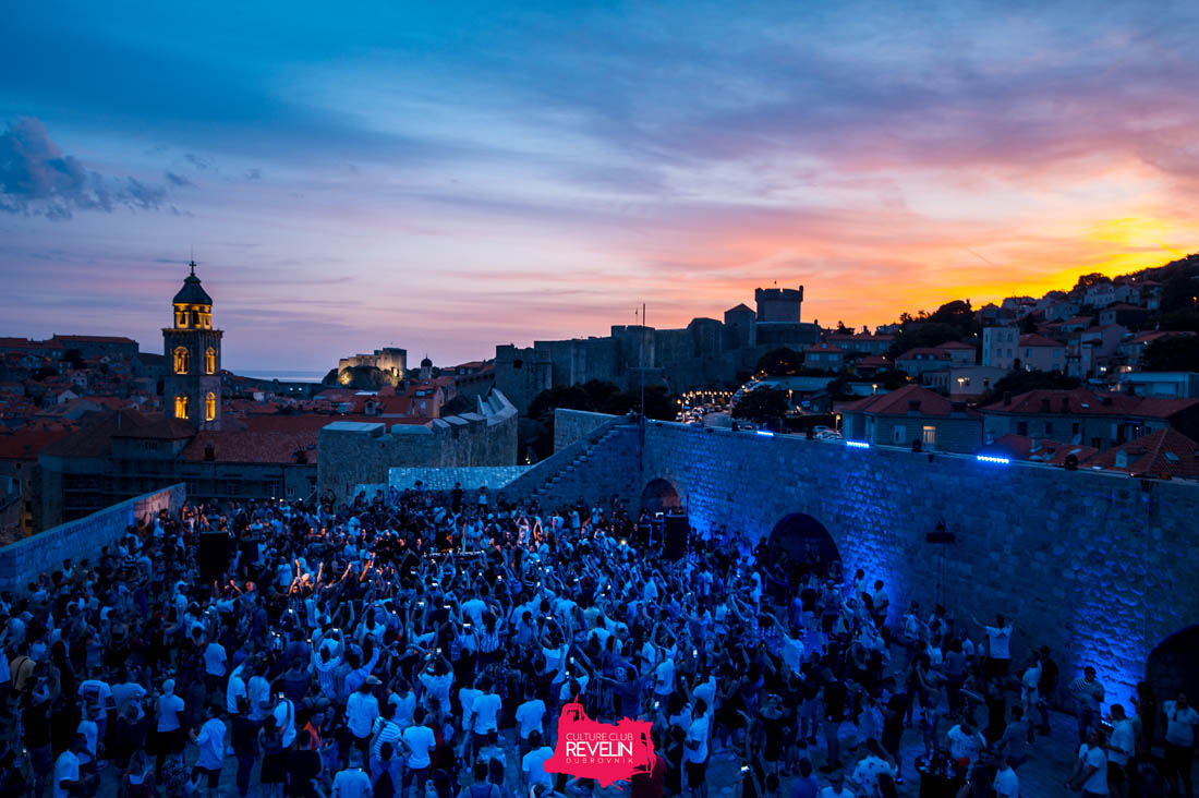Magical Sunset for Cercle event, Hot Since 82 at nightclub Revelin
