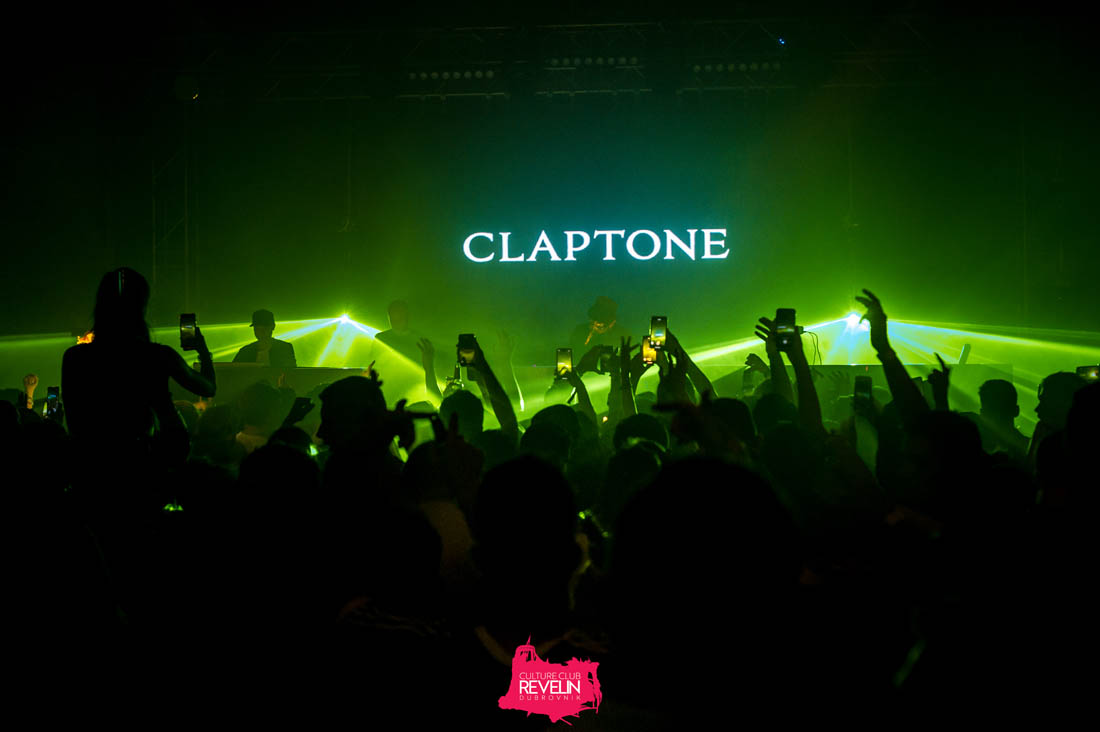Claptone in charge of the good vibes