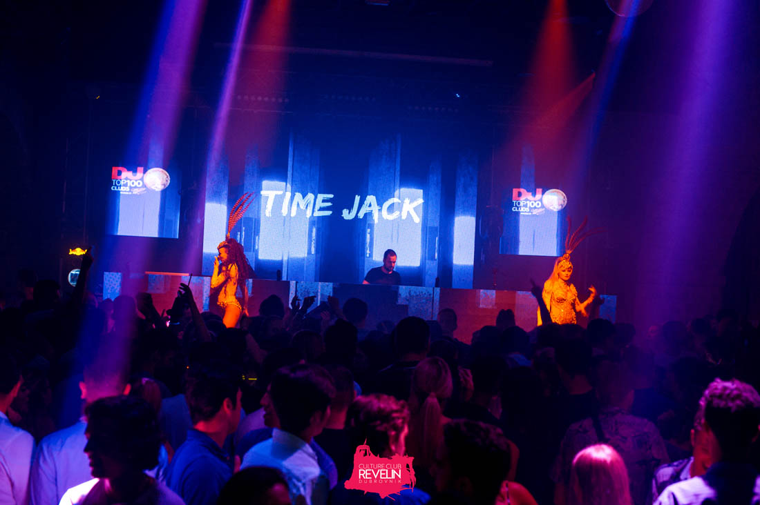 Time Jack entertaining on Tunesday club night