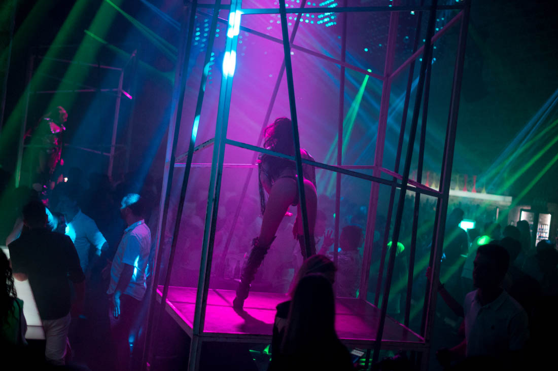 cage dancer, DancElectric Residency